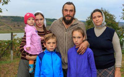 Familie 010 Telenesti